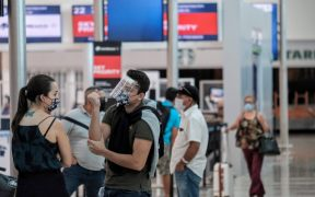 Estados Unidos pide evitar viajes a México por repunte de casos de coronavirus