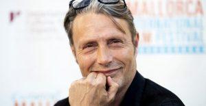 """Mads Mikkelsen sustituirá a Johnny Depp en """"Animales Fantásticos 3"""""""