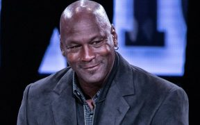 Michael Jordan, dueño de los Hornets de Charlotte.