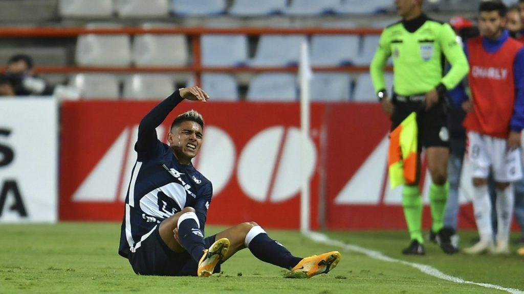 Favio Álvarez se pierde el resto del torneo con Pumas por su lesión ante Pachuca.