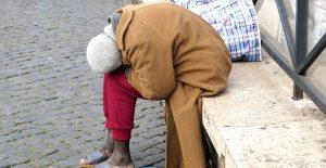 Diputados aprueban hasta cinco años de prisión a quien abandone a un adulto mayor
