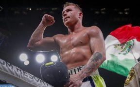 'Canelo' Álvarez cerrará un año complicado con su combate ante Callum Smith. Foto: AP.