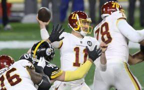 Alex Smith comandó un regreso memorable de Washington ante los Steelers, que perdieron lo invicto. Foto: Reuters.