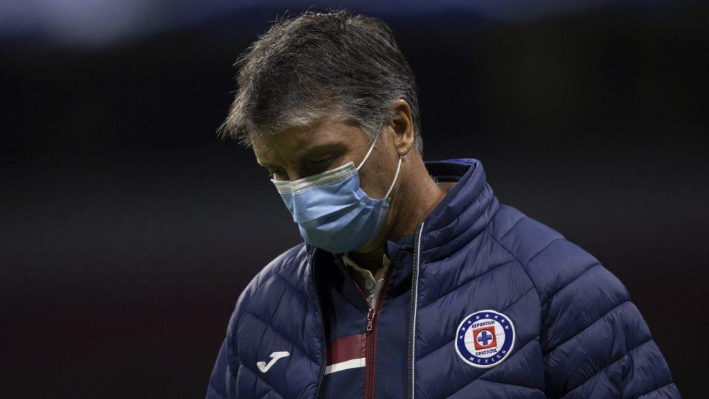 Siboldi anunció su renuncia a Cruz Azul. Foto: Mexsport