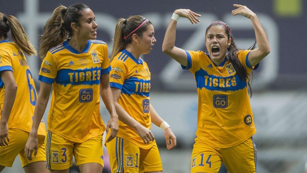 Jacqueline Ovalle celebra el 0-1 de Tigres ante Rayadas en la Final de la Liga MX Femenil. Foto: Mexsport