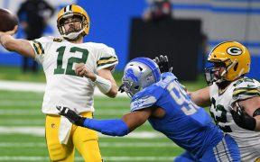Aaron Rodgers brilló de nuevo con los Packers en el triunfo sobre Lions. Foto: Reuters