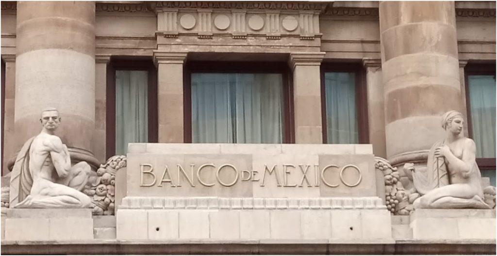 Mayor inflación y menor crecimiento a lo previsto por el gobierno para 2021, revela encuesta de Banxico