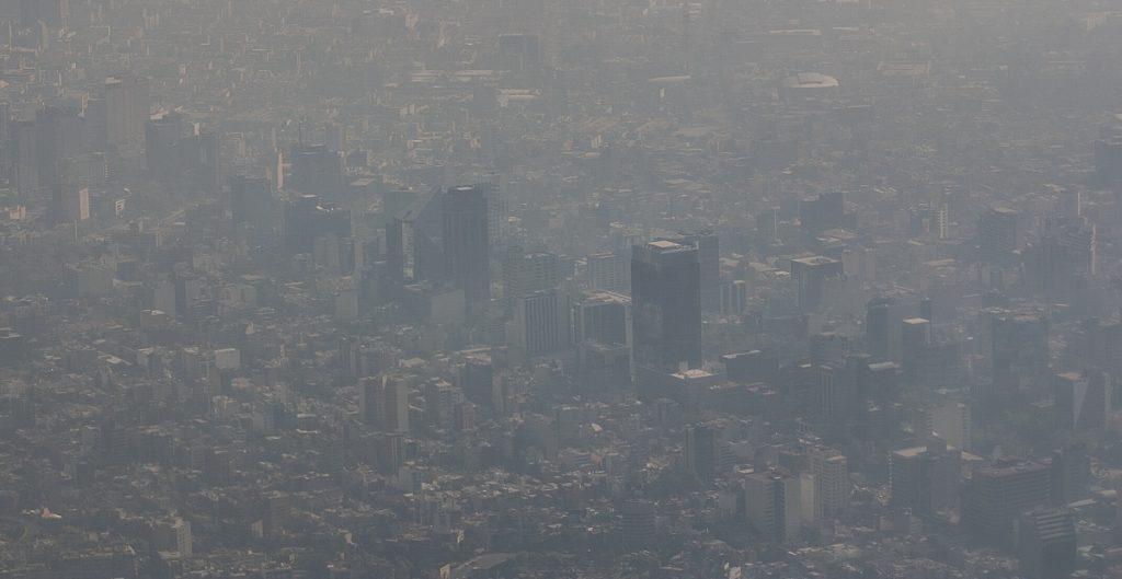 Contaminación del aire en México aumenta el riesgo de muerte por Covid-19
