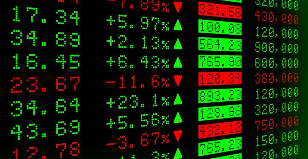 BMV suma por segundo día consecutivo; el peso retrocede y cierra en 19.95 por dólar