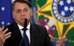 Bolsonaro, sin cuidado por presiones para comenzar vacunación en Brasil