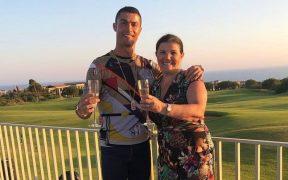 Cristiano Ronaldo despidió el 2020 junto a su madre. Foto: @cristiano