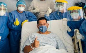 Dan de alta a Diego Sinhue tras ser hospitalizado por Covid-19