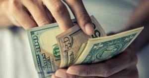 Remesas a México crecieron hasta los 3 mil 298 millones de dólares en enero: Banxico