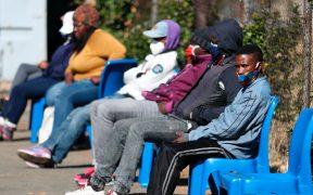 Sudáfrica prolonga las restricciones para frenar la tercera ola de coronavirus