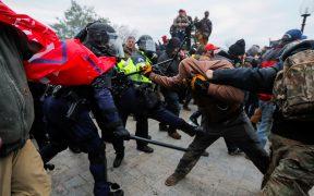 El FBI alerta sobre más violencia y protestas armadas en todo Estados Unidos