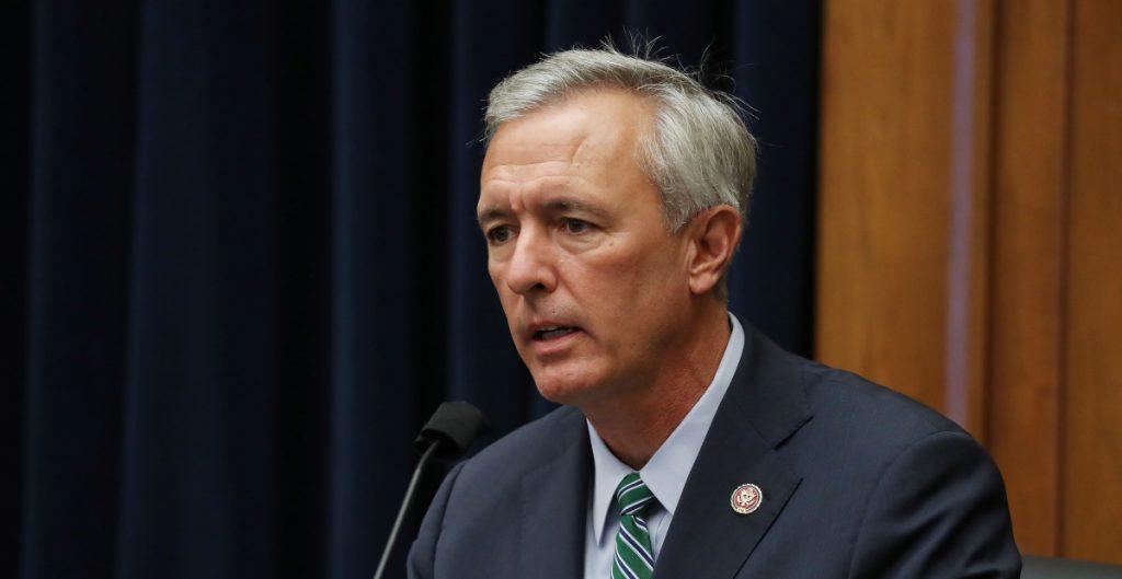 Legisladores republicanos apoyan juicio político contra Trump