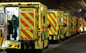 Reino Unido podría usar hoteles para vaciar camas de hospitales saturados por Covid