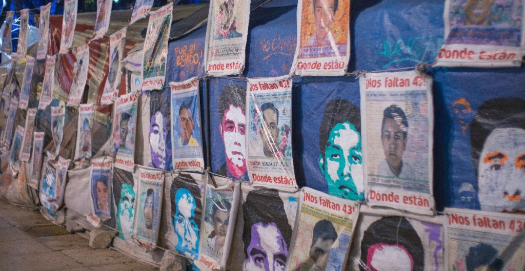Ejército no ha entregado evidencia completa sobre la desaparición de los 43 normalistas, acusan