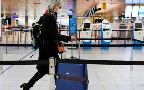 EU prevé extender hasta enero la orden sobre uso obligatorio del cubrebocas en transportes