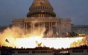 Turba en el Capitolio quería asesinar a los funcionarios electos: fiscales