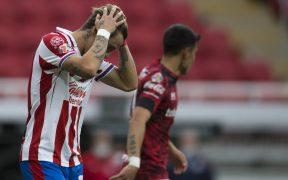El Rebaño no pudo imponer su superioridad ante la defensa y el portero del Toluca. Foto: Mexsport