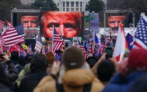 Hubo nexos entre la campaña de Trump y el asalto al Capitolio: AP