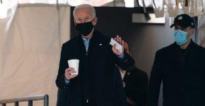 Biden presentará proyecto de ley para que inmigrantes obtengan ciudadanía en 8 años