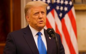 Abogados de Trump califican juicio político como 'teatro político'