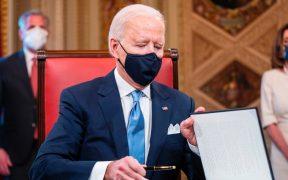 Biden reactivará prohibición a viajeros por nueva variante de la Covid-19