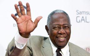 Hank Aaron rompió barreras raciales en la MLB. Foto: Reuters