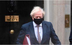 Boris Johnson afirma que hay evidencias de mayor letalidad en la cepa británica de Covid-19