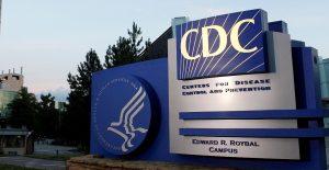 Las reacciones alérgicas graves a la vacuna de Moderna son raras: CDC