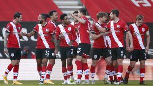 Los jugadores del Southampton celebran el triunfo sobre el Arsenal. Foto: Reuters
