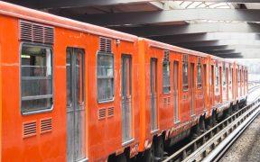 Metro sanitiza estaciones y vagones para reapetura de Línea 1