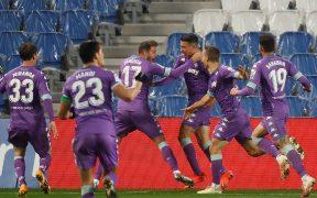 Joaquín celebra eufórico el empate ante la Real Sociedad. Foto: EFE
