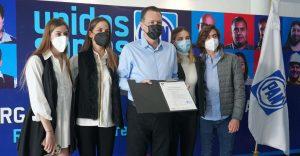 Mauricio Kuri se registra como precandidato del PAN para la gubernatura de Querétaro