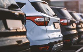 Empresa de renta de autos inhabilitada por SFP mantendrá contratos de 2021 por hasta 23 mdp