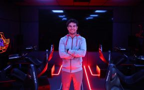 Checo Pérez dijo sentirse pleno físicamente a sus 31 años de edad. Foto: Red Bull
