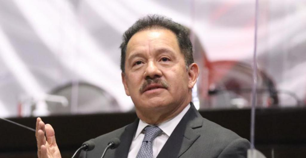 Diputados de Morena piden prioridad en vacuancion contra Covid-19