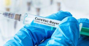 Arriba cargamento con vacunas de CureVac contra Covid-19 para ensayos de la fase 3