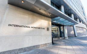 Se necesita apoyo fiscal hasta que la recuperación se establezca: FMI