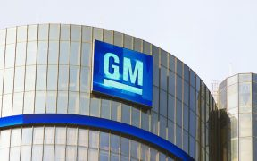 General Motors planea que la mayoría de sus vehículos sean eléctricos para el año 2035