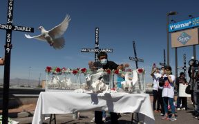 Deportan a mexicana que sobrevivió a tiroteo en El Paso, acusan activistas