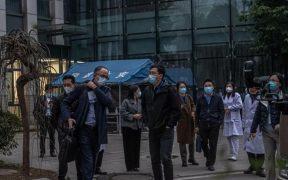 Equipo de la OMS en Wuhan visita un centro de coordinación