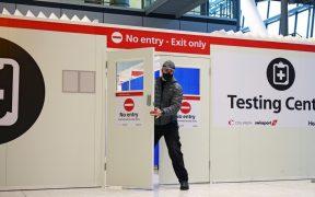 """Reino Unido detecta una nueva mutación en la """"variante británica"""" del coronavirus"""