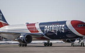 El avión de los Patriots transportará sin costo a 76 trabajadores de la salud al Super Bowl. Foto: EFE