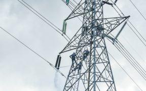 Tribunal desecha primera queja de AMLO contra suspensión de la reforma eléctrica