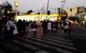 Trabajadores del Insabi protestan en CDMX por falta de pago de salarios
