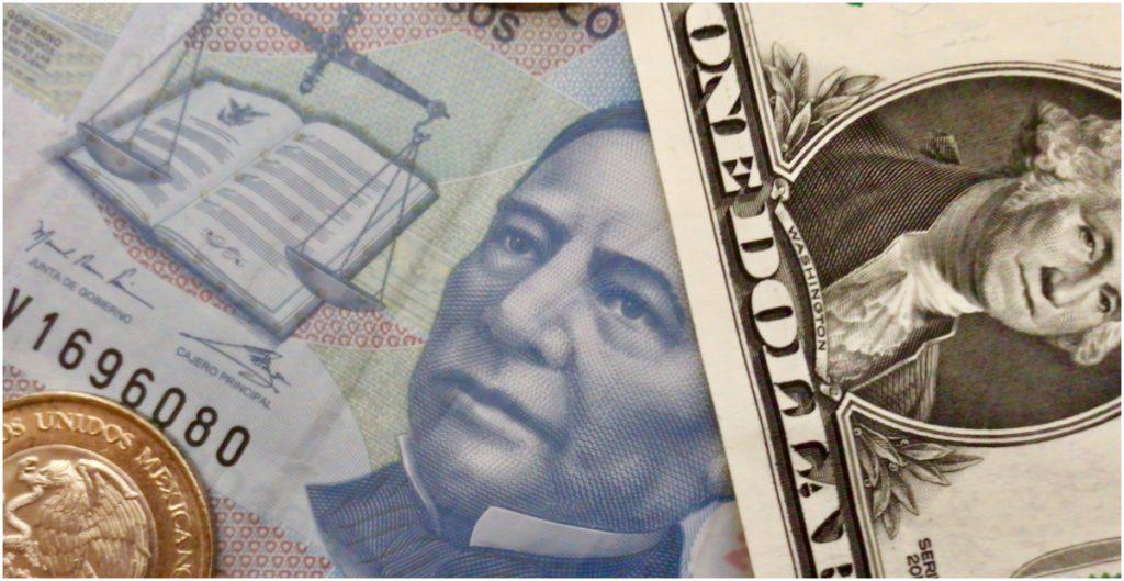 """""""No sólo no ha habido devaluación, sino que se ha apreciado el peso"""", presume AMLO, pese a que factores externos son causas principales"""