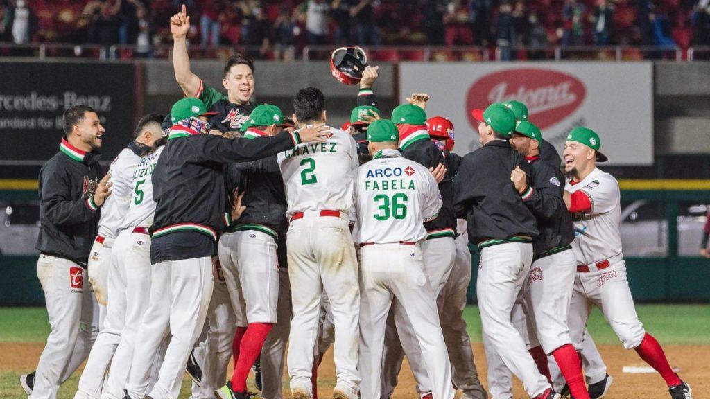 Los Tomateros vencieron a Venezuela en 10 entradas y avanzaron a semifinales. Foto: Mexsport